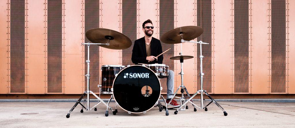 David Kandert am Schlagzeug